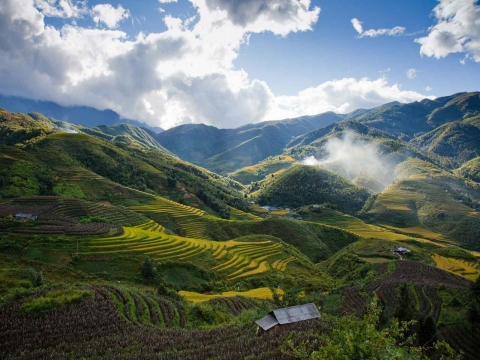 Sapa Tour by Bus 3 Days 2 Nights - 2 Nights in 3 star Hotel